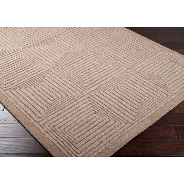 Hand-crafted Solid Beige Geometric Manhattan Beige Wool Rug (5' x 8')
