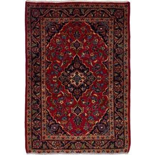 eCarpetGallery  Hand-knotted Kashan Red Wool Rug (3'3 x 4'6)