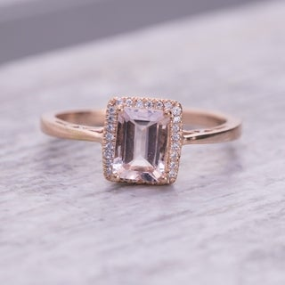 Auriya 10k Rose Gold 9/10ct Morganite and 1/10ct TDW Diamond Ring