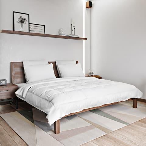 Resort Luxury White Cambric Cotton Down Alternative Comforter