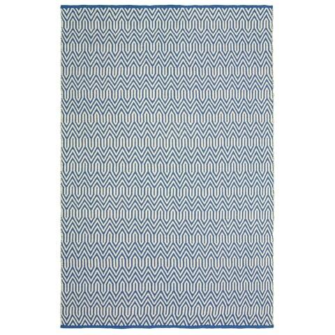 LR Home Trellis Blue/White Indoor/Outdoor Area Rug - 5' x 7'9