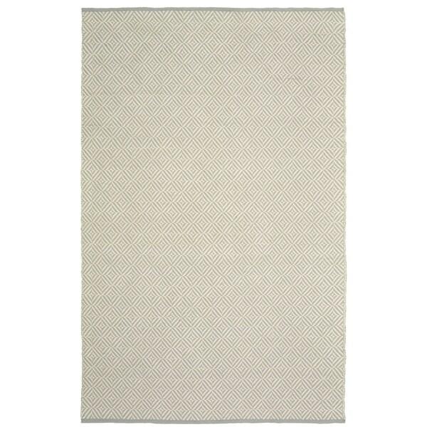 LR Home Grey Herringbone Indoor/Outdoor Area Rug - 8' x 10'