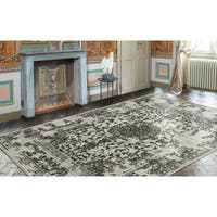 "Ottomanson Royal Collection Distressed Medallion Design Area Rug - 5'3"" x 7'"