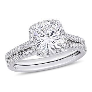 Moissanite by Miadora Signature Collection 14k White Gold 2ct TGW Cushion-Cut Moissanite and 1/3ct TDW Diamond Bridal Ring Set