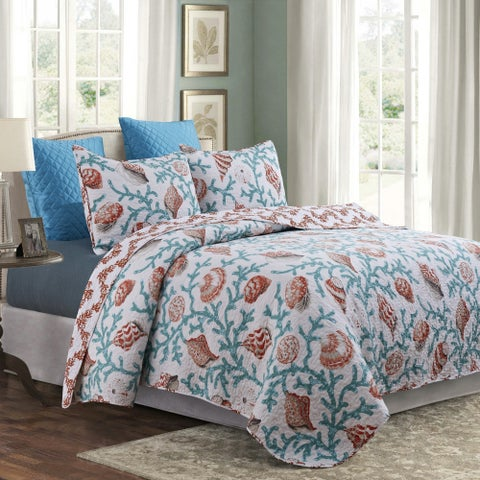 Hampton Shore Reversible 3-piece Quilt Set
