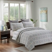 Laurent Floral Medallion Reversible 3-piece Quilt Set