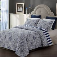 Tyra Medallion Reversible 3-piece Quilt Set