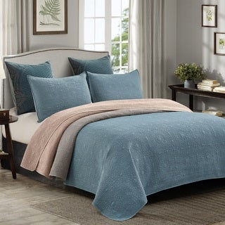 Embossed Medallion Stonewashed 3-piece King Quilt Set