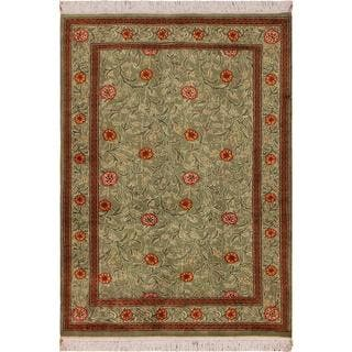 William Morris Pak-Persian Jasmine Lt. Green/Red Wool Rug (4'1 x 5'11) - 4 ft. 1 in. x 5 ft. 11 in.
