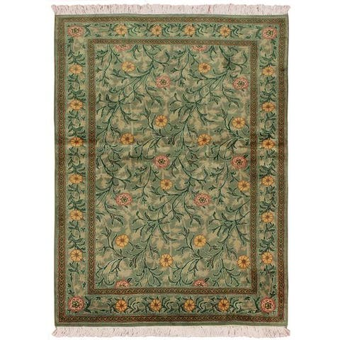William Morris Pak-Persian Jasmine Lt. Green/Pink Wool Rug (4'1 x 6'2) - 4 ft. 1 in. x 6 ft. 2 in.