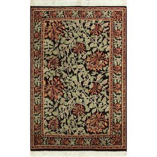 William Morris Pak-Persian Flora Black/Green Wool Rug (4'2 x 6'2)