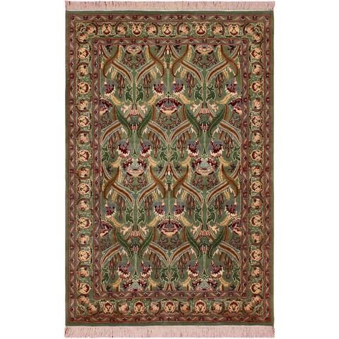 William Morris Pak-Persian Sandi Lt. Green/Red Wool Rug (4'1 x 6'3) - 4 ft. 1 in. x 6 ft. 3 in.