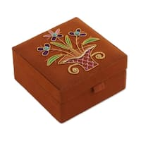 Handmade Embroidered 'Delightful Bouquet' Jewelry Box (India)