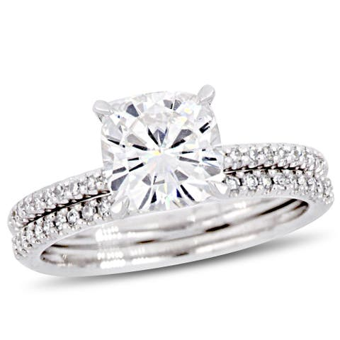 Miadora 2ct DEW Cushion-Cut Moissanite and 1/4ct TDW Diamond Bridal Ring Set in 14k White Gold