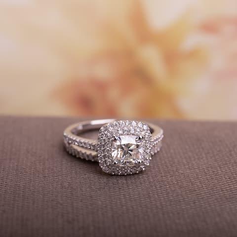 Moissanite by Miadora Signature Collection 14k White Gold 1ct TGW Moissanite and 1/2ct TDW Diamond Double Halo Bridal Ring Set