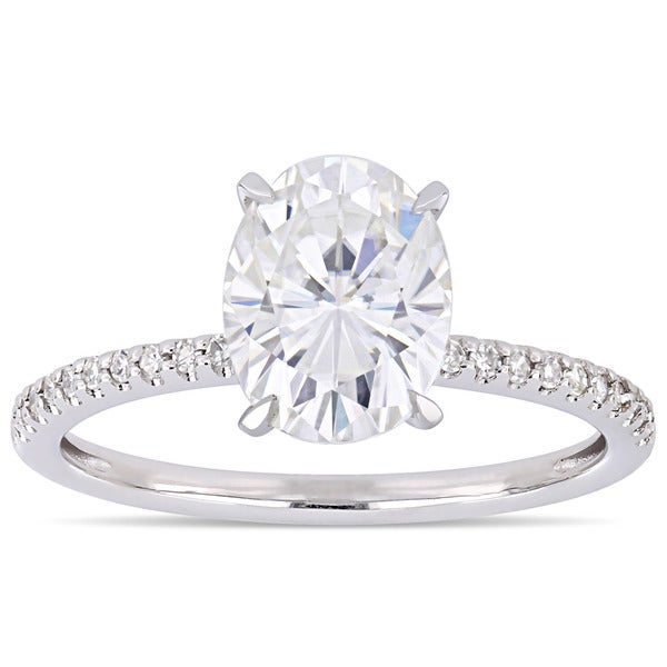 Moissanite by Miadora Signature Collection 14k White Gold 2ct TGW Oval-Cut Moissanite and 1/10ct TDW Diamond Engagement Ring