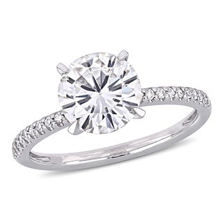 Moissanite by Miadora Signature Collection 14k White Gold 2ct TGW Moissanite and 1/10ct TDW Diamond Solitaire Engagement Ring (More options available)