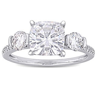 Moissanite by Miadora Signature Collection 14k White Gold 2 5/8ct TGW Moissanite and 1/6ct TDW Diamond 3-Stone Engagement Ring (More options available)
