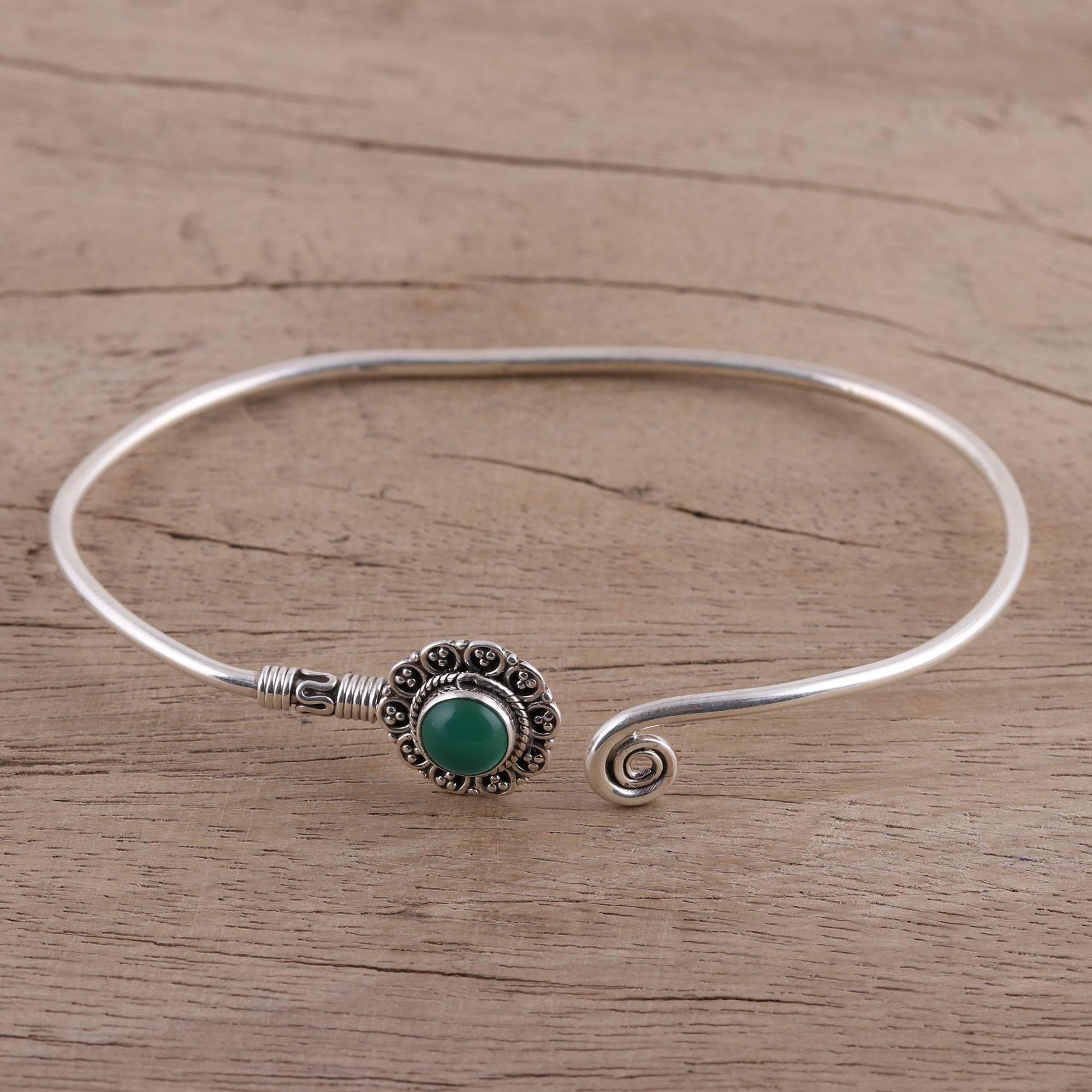 Free shipping Green Onyx Bracelet Natural Gemstone Delicate Bracelet