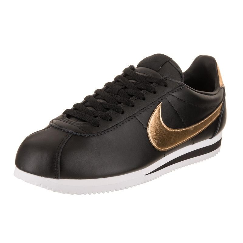 Nike Men's Classic Cortez SE Casual Shoe (13), Black (Lea...