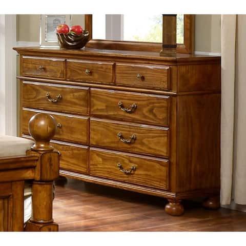 Cumberland Antique Pine 9-drawer Dresser