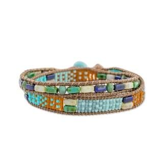 Handmade Glass Beaded 'Winds of Atitlan' Bracelet (Guatemala)