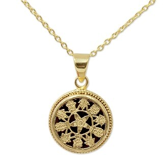 Handmade Gold Overlay 'Circle of Flowers' Necklace (India)