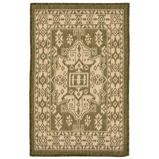 Medallion Outdoor Rug (1'11 x 2'11) - 1'11 x 2'11