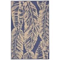 Tropical Leaf Outdoor Rug (4'10 x 7'6) - 4'10 x 7'6