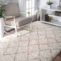 nuLOOM Soft and Plush Moroccan Trellis Natural Shag Rug (6'7'' x 9')