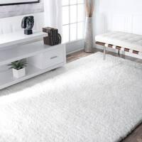 Silver Orchid Rita Handmade Solid Soft Plush Shag Area Rug - 6' x 9'