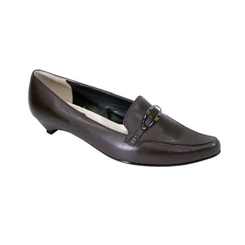 be3e632264cec PEERAGE Louise Women Extra Wide Width Leather Pumps with Kitten Heels