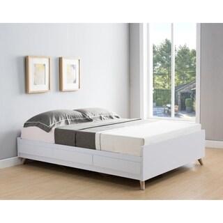 Carson Carrington Gjovik Modern White Platform Storage Bed