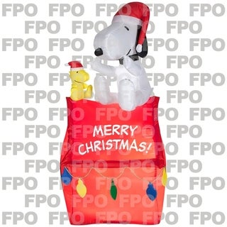 Gemmy Industries Airblown Snoopy On House With Banner And Lights Christmas Decoration Multicolored