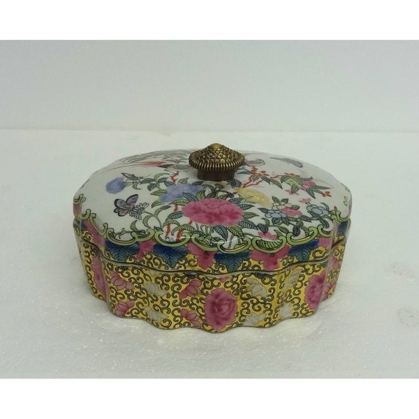 Rose Medallion Scallop Oval Porcelain Cover Box
