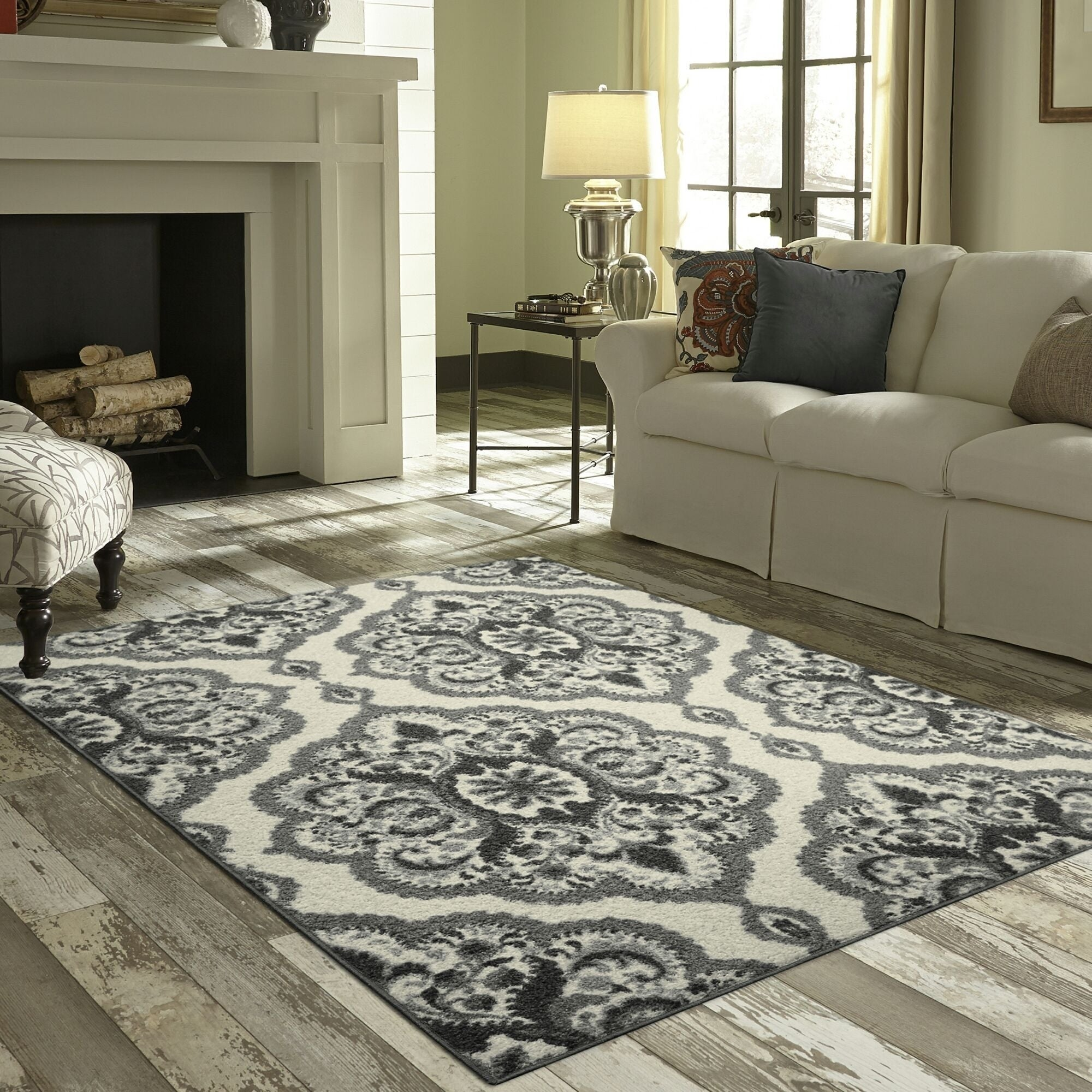 Maples Rugs Derby Oversized Floral Medallion Accent Rug (2\'6\
