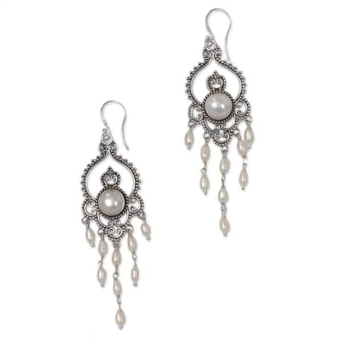 Sterling Silver 'Drops of Dew' Cultured Pearl Earrings (8 mm)