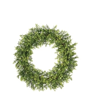 Tealeaf and Berry Wreath