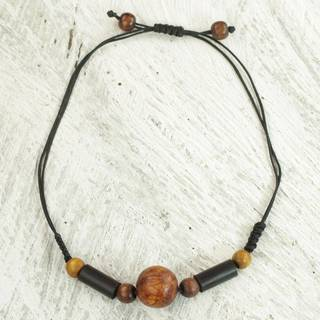 Handmade Sese Wood 'Round Might' Necklace (Ghana)
