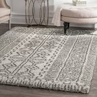 "nuLOOM Moroccan-inspired Luxuries Soft and Plush Abstract Tribal Shag Ivory Area Rug (6'7'' x 9') - 6'7"" x 9'"