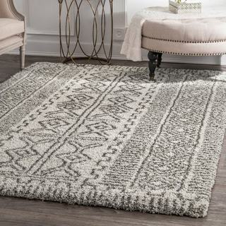 nuLOOM Moroccan-inspired Luxuries Soft and Plush Abstract Tribal Shag Ivory Area Rug (6'7'' x 9')