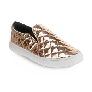 Olivia Miller 'Meade' Quilted Shine Low-Top Sneakers