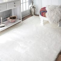 Silver Orchid Russell Faux Flokati Sheepskin Solid Soft and Plush Cloud Shag Rug  - 7'6 x
