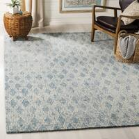Safavieh Handmade Abstract Contemporary Ivory / Blue Wool Rug - 6' x 9'