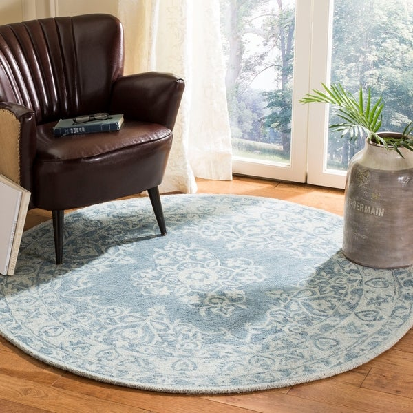 Safavieh Handmade Micro Loop Transitional Blue / Light Blue Wool Rug - 5' x 5' round