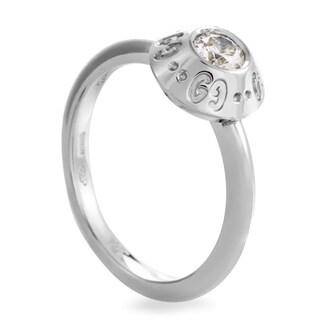Gucci Icon Women's Platinum .22ct Diamond Solitaire Engagement Ring