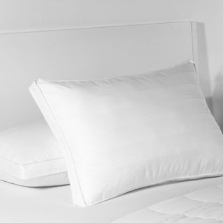 Croscill Ultimate Support Memory Fiber Standard/ Queen Pillow