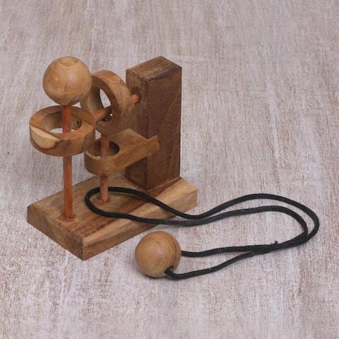 Handmade Teakwood 'Sneaky Ball' Puzzle (Indonesia) - Brown