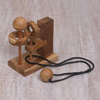 Handmade Teakwood 'Sneaky Ball' Puzzle (Indonesia)