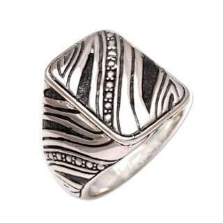 Handmade Men's Sterling Silver 'Energy' Ring (Indonesia)